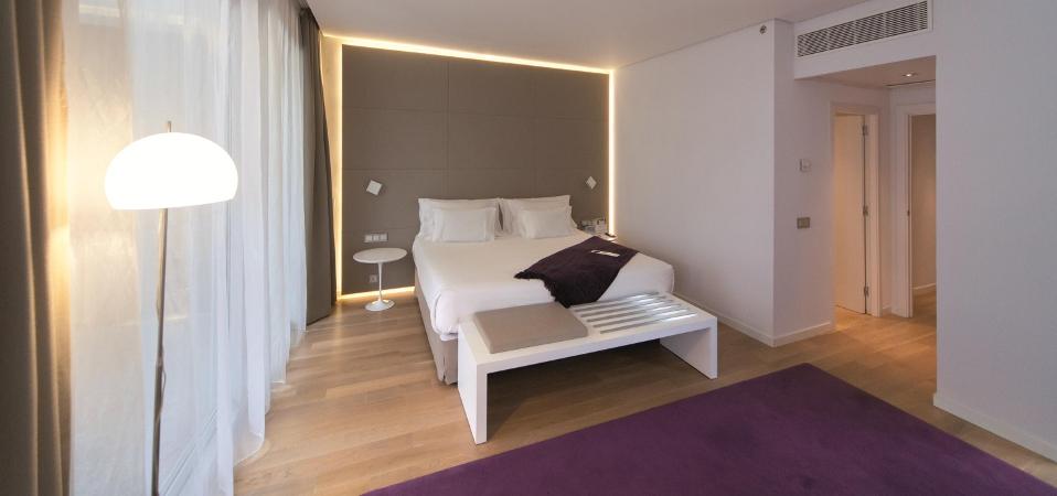 Led hotel seed studio - Iluminacion habitacion ...