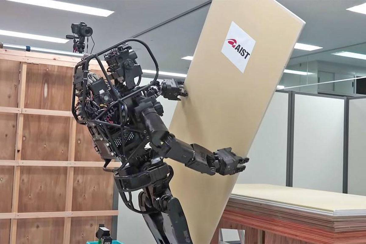 automatización, Construcción 4.0, Humanoid Robot Prototype, industria constructiva, maquinaria automatizada, mediciones 3Ddel entorno, robot HRP-5P, robot inteligente, robots en obras de construcción, robots humanoides, trabajadores de obra cualificados