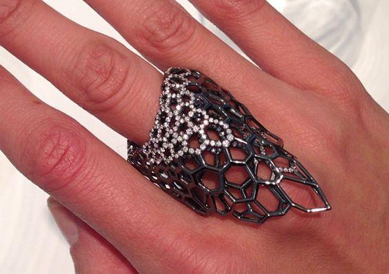 Joyería parametrica, joyeria generativa, zaha hadid jewelry, joyería personalizada