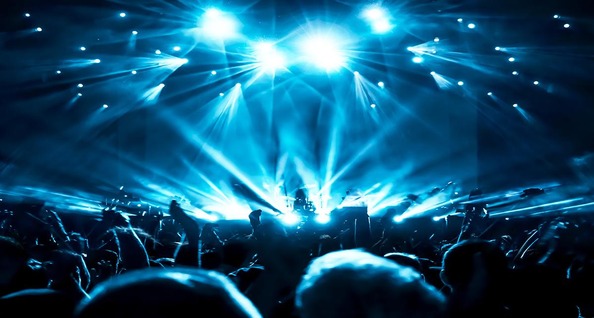 curso dialux barcelona - mexico, curso iluminación barcelona, curso vray barcelona - mexico, Drake, drones, iluminacion con drones, Infografía barcelona, Inteligencia artificial, Interaccion interfaces humanos maquina, Willo Perron